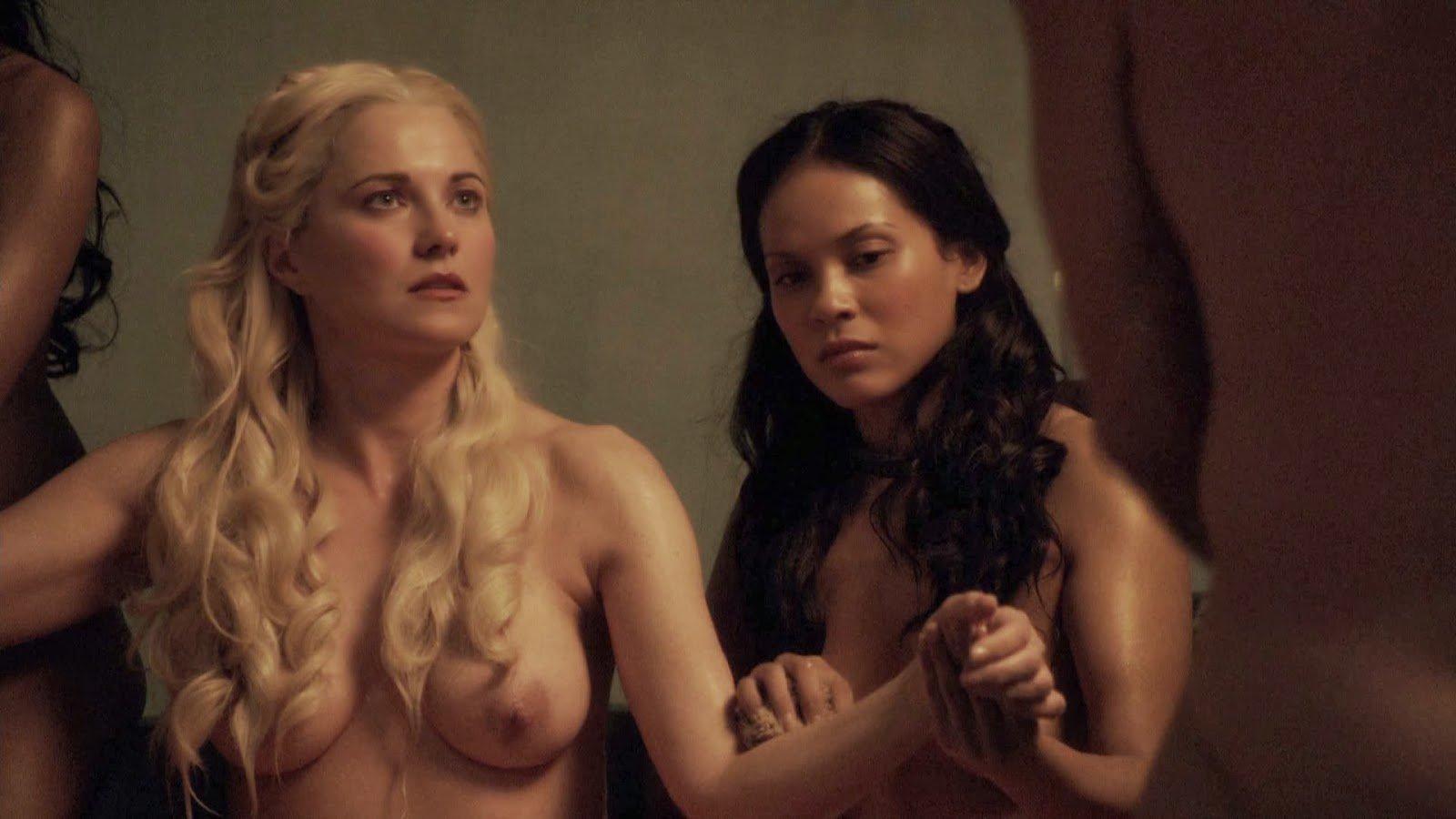 Top 10 scene de sex din serialul Spartacus un porno bun . 1