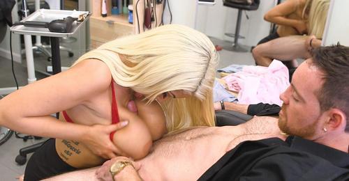 Sexy milf Bridgette B sex in public in salon de frizerie 2019 HD .